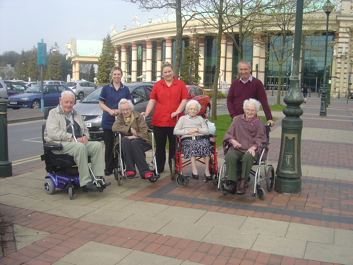 Trip to the Trafford Centre With Ashlands Nursing Home